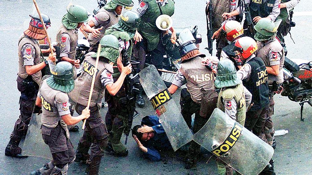 Contoh Kasus Pelanggaran HAM di Indonesia
