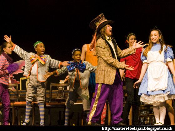 Contoh teater drama musikal