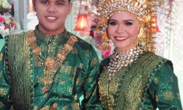 Pakaian Adat Pernikahan di Riau