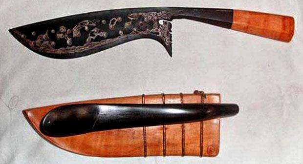 10 Senjata Tradisional Bali Beserta Gambar dan Penjelasan Terlengkap