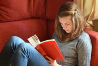 Perbedaan Novel dan Cerpen Beserta Penjelasannya Terlengkap