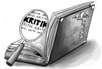 Contoh Kritik Sastra Beserta Pengertian, Fungsi, Manfaat dan Pendekatannya