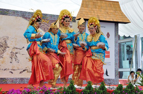 11 Tari Daerah Kalimantan Barat Beserta Penjelasannya Lengkap